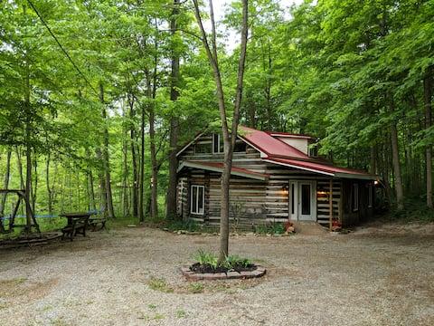 Cedar Cottage - Woodland Retreat