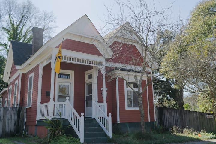 Little Red House in Oakleigh Garden District