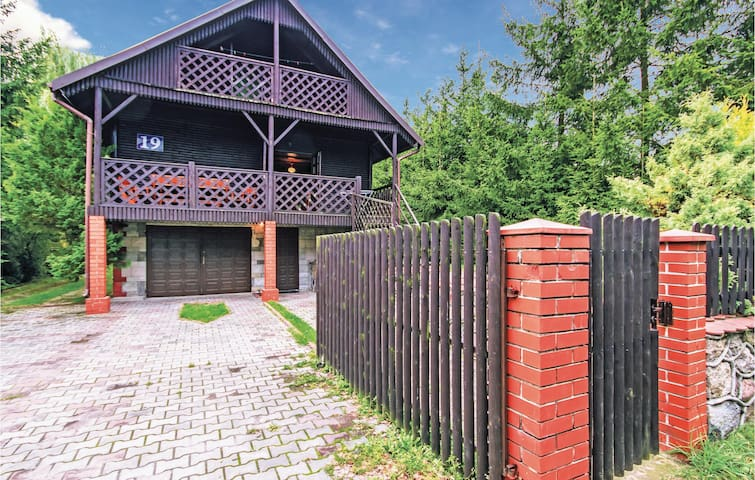 Holiday cottage with 3 bedrooms on 109 m² in Dabrówno