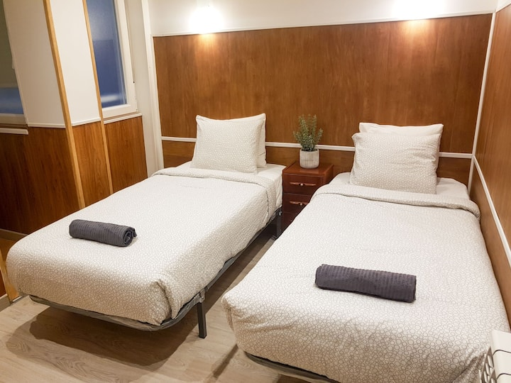 Comfortable private room near Zurriola beach