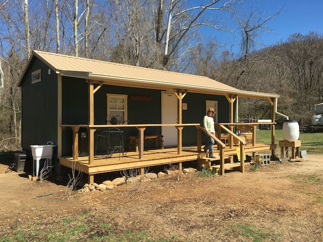 Oza's mountain view  family cabin - Erwin - Cottage