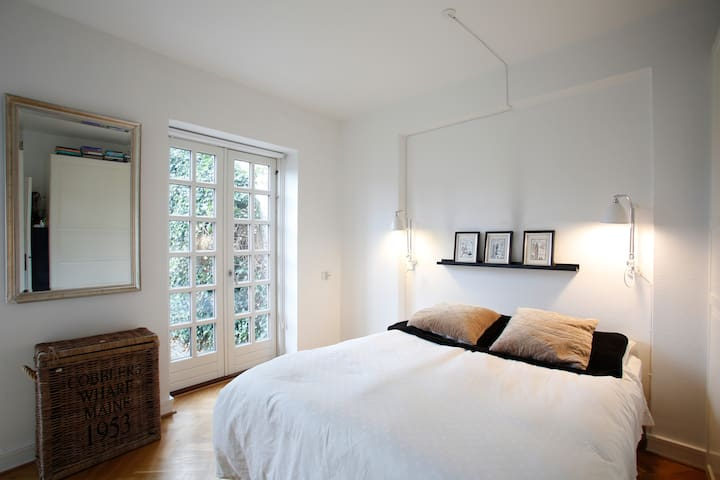 Wake up to the sound of the ocean - Hellerup - Bed & Breakfast