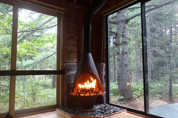 Acadia Getaway Cabin, bike & run to Carriage Roads