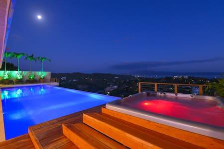 7 bedroom luxury villa with pool caipirinha villa - Malay