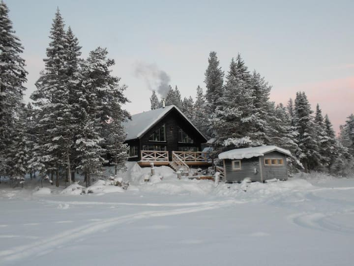 Luxury riverside cottage