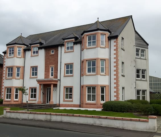 Superb Apartment for the Open visitors - Prestwick - Appartement