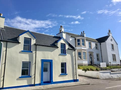 2 bedroom self catering house. Bowmore Islay