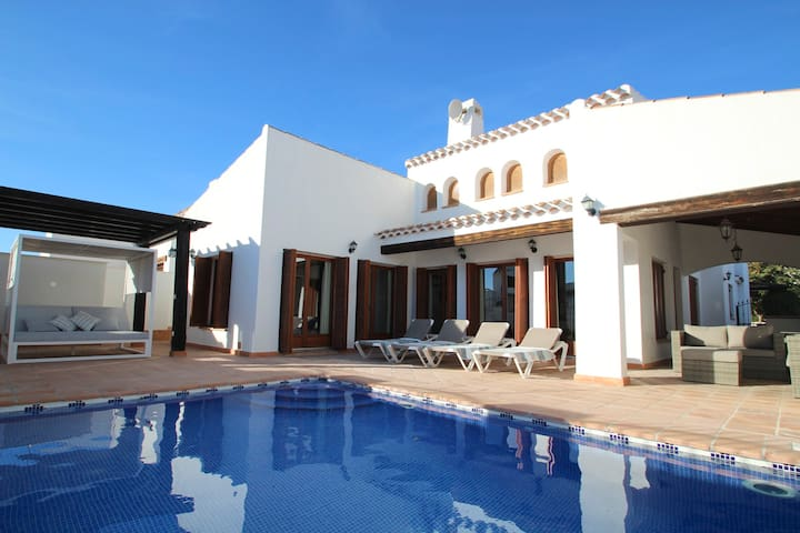 Detached Villa with Private Heated Swimming Pool