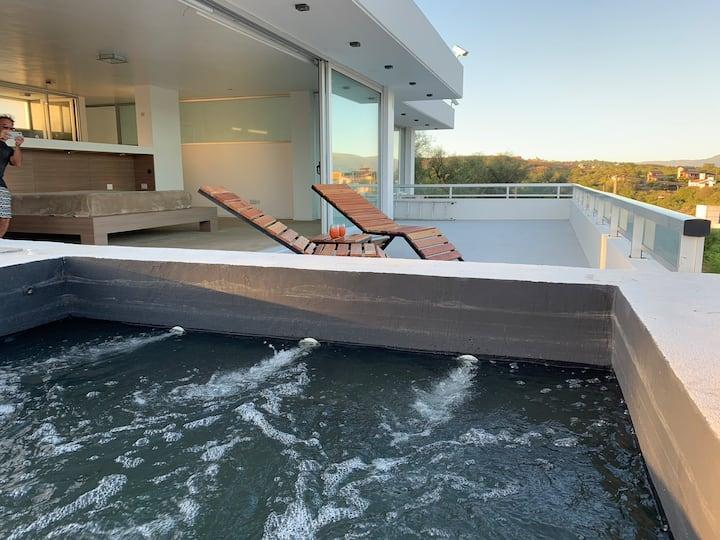 Increíble casa de categoría en Villa del Lago