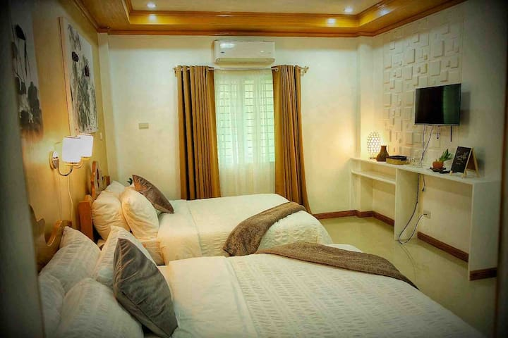 PrivRmA 2Beds 4guests 2.7km to Kalibo Airport Wifi