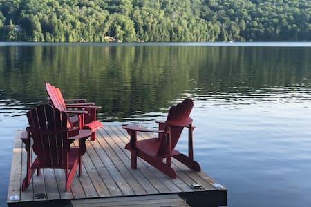 Elephant Lake Cottage for Rent - East Bay