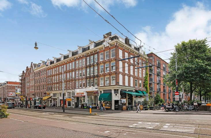 Great centrally located Amsterdam apartment
