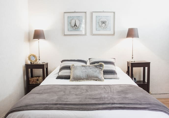 Lovely Monthly Rental in Latin Quarter + Free Gift