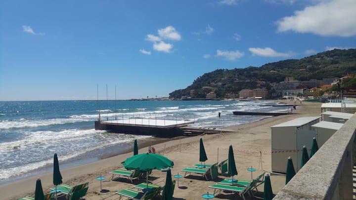 Casa Gemma 50 metri dalle spiagge di Diano Marina.
