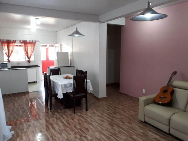 Centrally located house close to DTown n' Pampulha