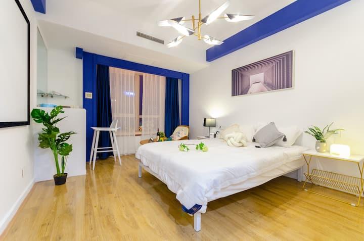 人民广场/南京路步行街/外滩/深蓝投影一床房