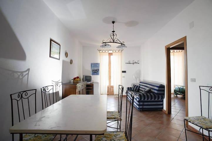 Casa ROSA - Mongiove - Hus