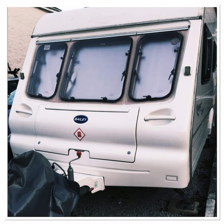 Cornwall Cosy caravan towed to your location pitch