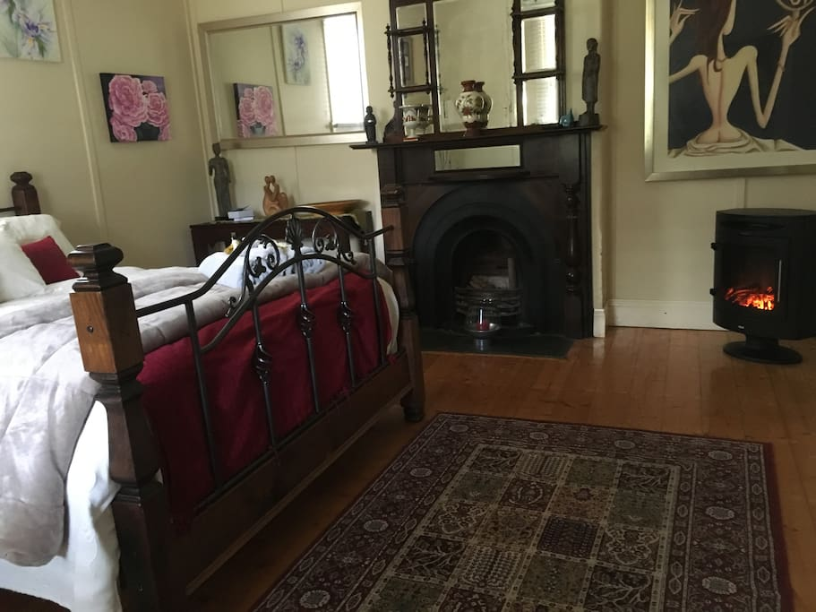 Victoria Rose Guest Bedroom
