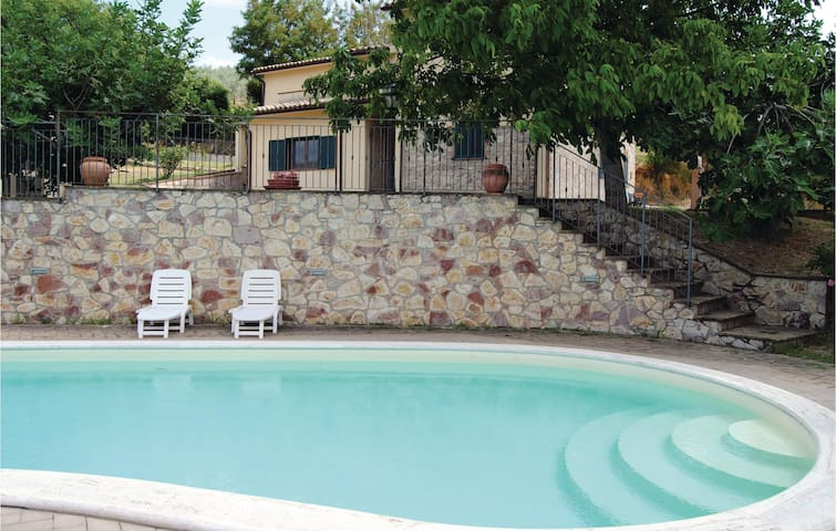 Holiday apartment with 2 bedrooms on 85 m² in Giano dell'Umbria PG