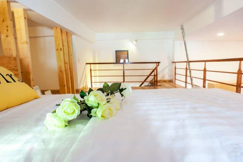 Comfortable bed of mezzanine