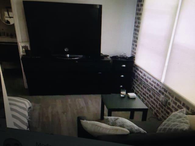 Modern spacious studio - lisieux - Apartamento