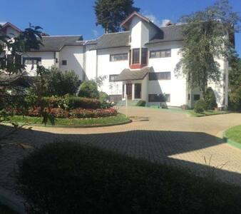 Excelente casa Rústica - Casa