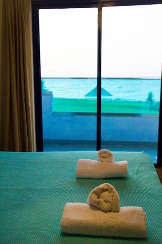 SEA VIEW FROM THE BED