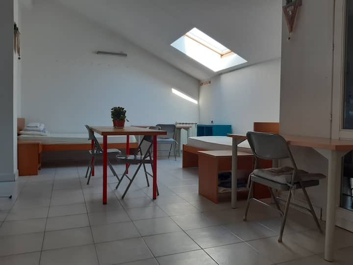 15 minutes from Duomo/close to university of Milan