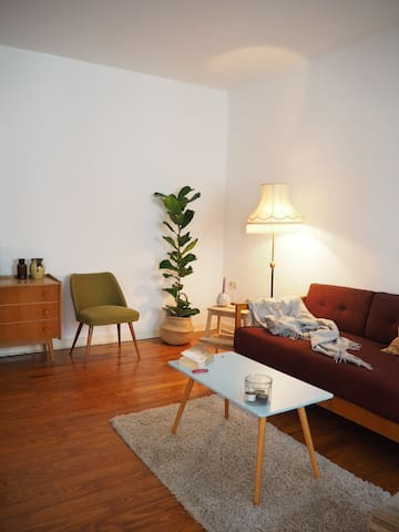 Cosy room in big flat close to Porta Nigra