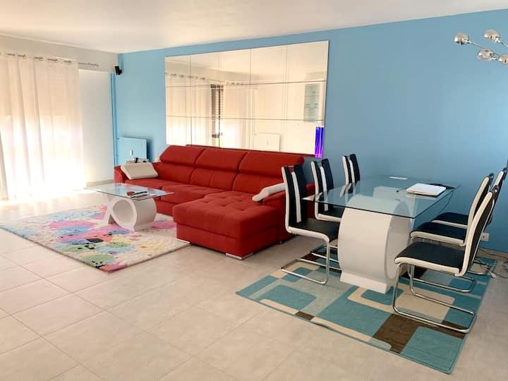 Apartamento de 3 habitaciones en Melun, con balcón amueblado y WiFi