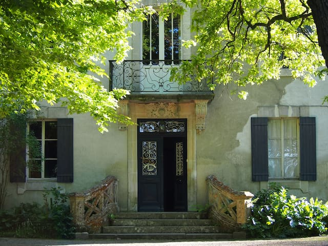 Old family guest house, countryside - Clermont - House