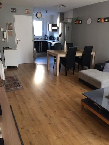 Très bel appartement entre PLACES et CITADELLE - Arras - Departamento