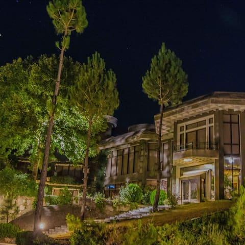 "Rockcity Resort ""window to swat valley"""