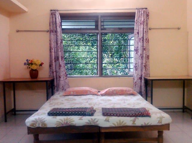 DIGVIJAY RESIDENCY RKNAGAR KOLHAPUR STANDARD ROOMS