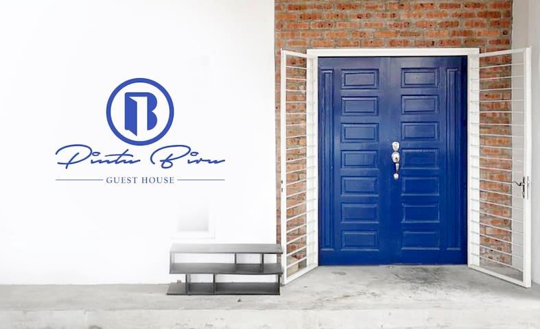 Pintu Biru Guest House @ Centre of Kota Bharu