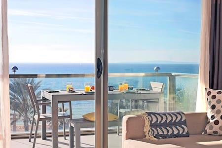 Playa de Palma Front Sea views. 1st line. Incredible location - Palma de Mallorca