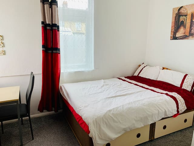 Spacious&Comfortable Double Room Mill Rd nr Tr St