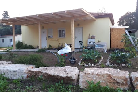A small pastoralic apartment 30 min from Jerusalem