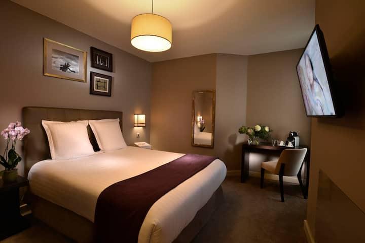 Cosy room between Montmartre and Opera