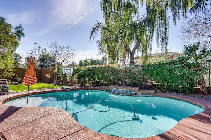 Rare Gorgeous Heated Pool Oasis! Hurry and Book!