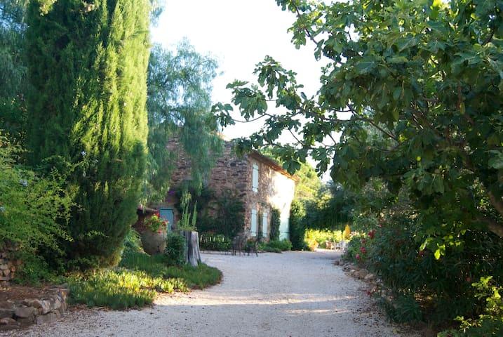 Exceptionnel, Joli Mas provençal. - La Londe-les-Maures - Villa