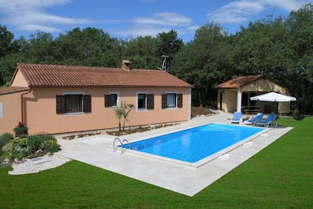 Holiday house Fragola - Tinjan - Villa