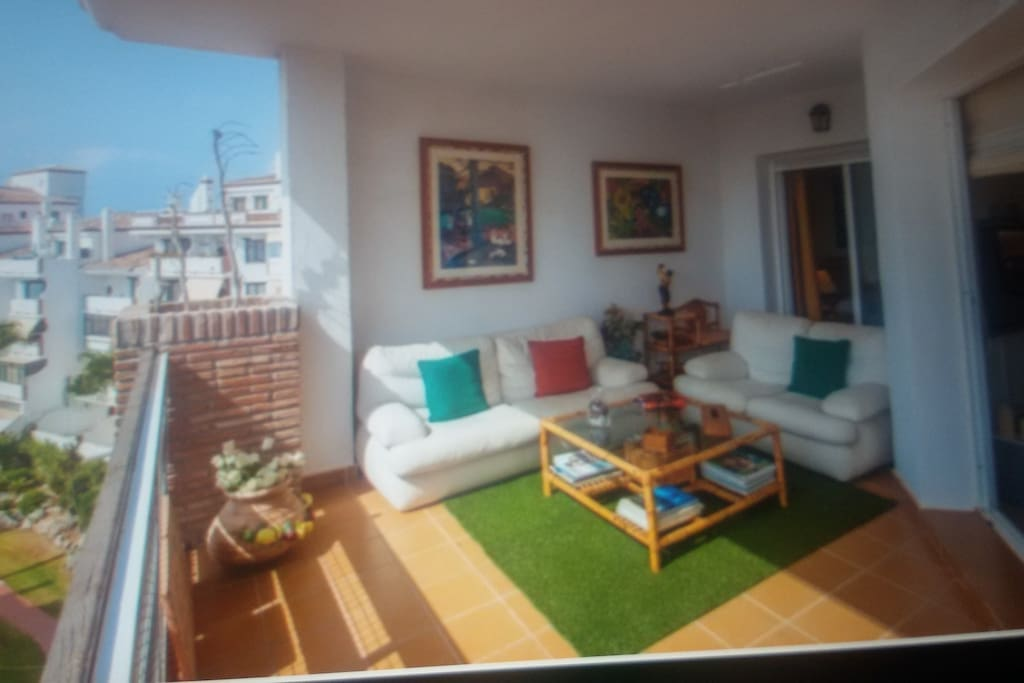 Smaller Terrace with sofa area