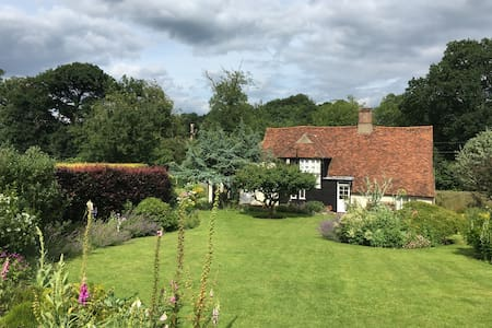 Country Cottage between Cambridge & London - Buntingford - Rumah