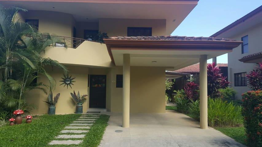 Beautiful house vacation - Tarcoles - Dům