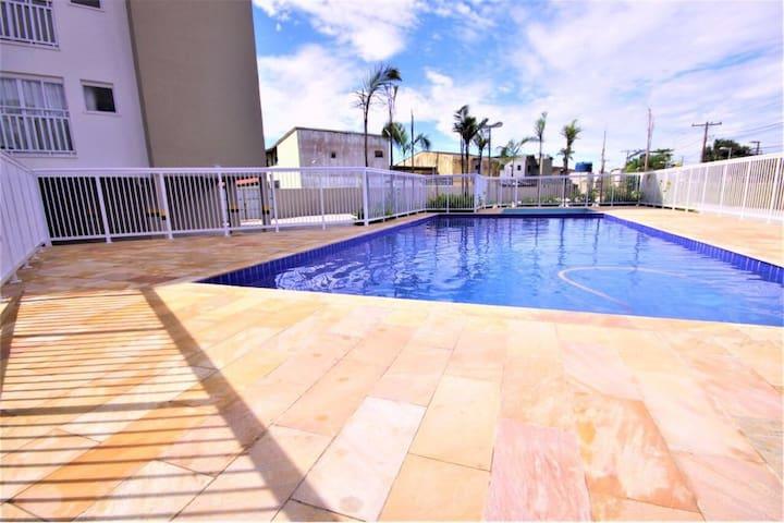 Apartamento familiar no itaguá , com piscina!