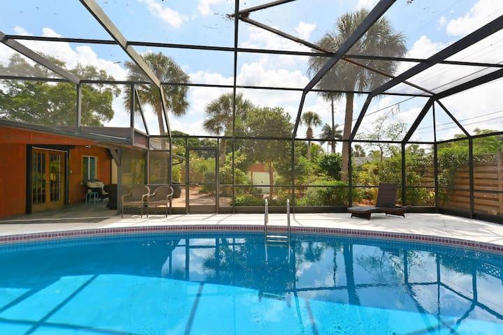 Imagine Relaxing Poolside Bismark - Sarasota - Huoneisto