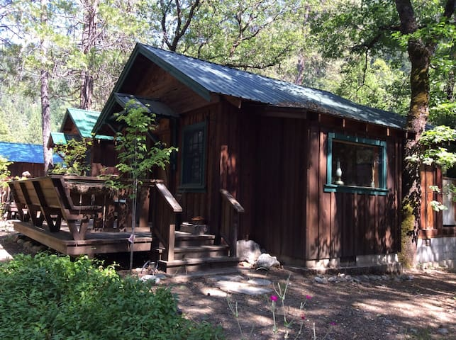 "Feather River Hot Springs ""Julius' Mine Shack"" - Twain - Cabin"