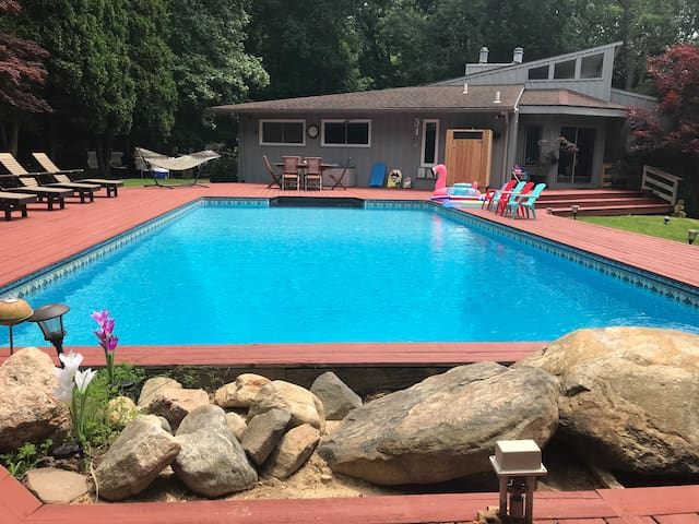 Sag Harbor Tennis & Pool On 2 private acres